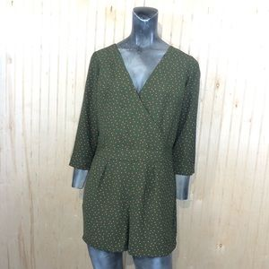 Abercrombie Fitch 2 Green Polka Dot Romper Shorts